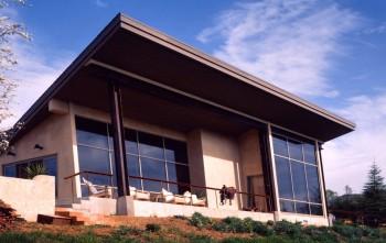 portola-valley-residence-back-porch