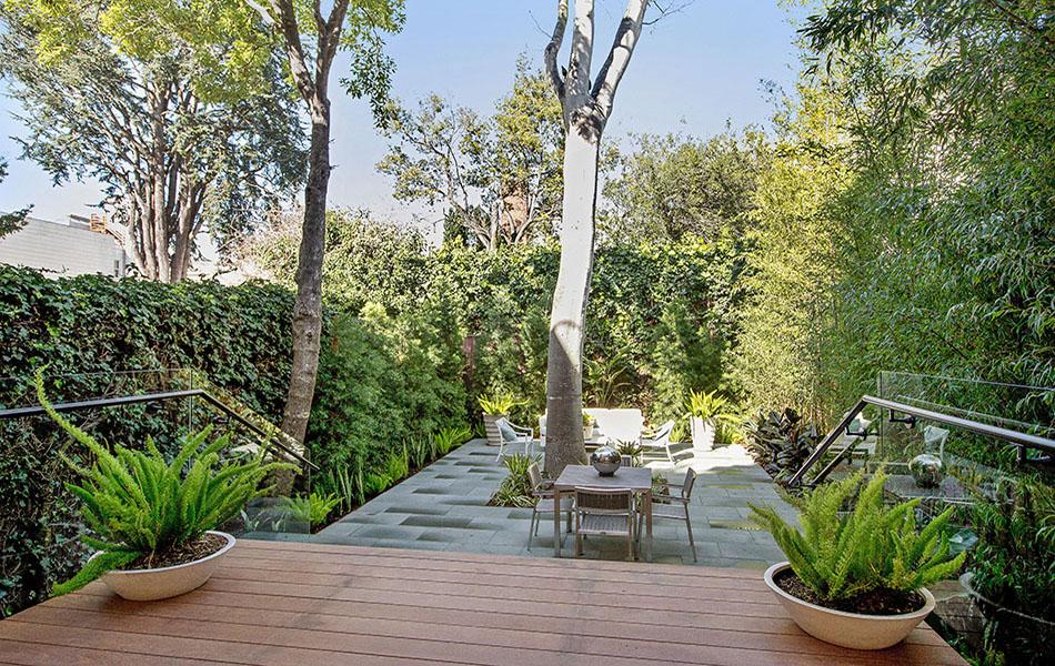 Indoor-Outdoor Living garden